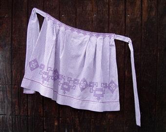 Vintage Apron, 50s Purple Gingham Apron, Cross Stitch Embroidery, 1950s Kitchen