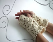 Merino wool fingerless mittens, hand knit in Manos natural yarn. Very soft, light and the warmest. Romantic laced design. Natural color gift