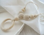 Nursing necklace Breastfeeding jewelry Crochet wood necklace Natural beige breastfeeding necklace with wood ring