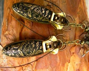 Steampunk Beetle Earrings - Steampunk Jewelry - Steampunk Zipper Earrings