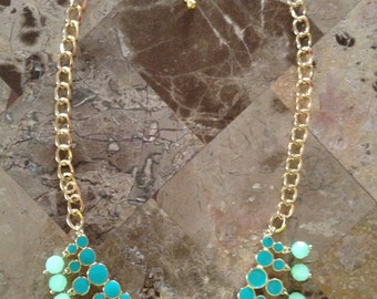 Chunky Statement Necklace-Bib Necklace-Statement Necklace-Green-Turquoise-One of a Kind-Hand Made-Designs by Stalinda