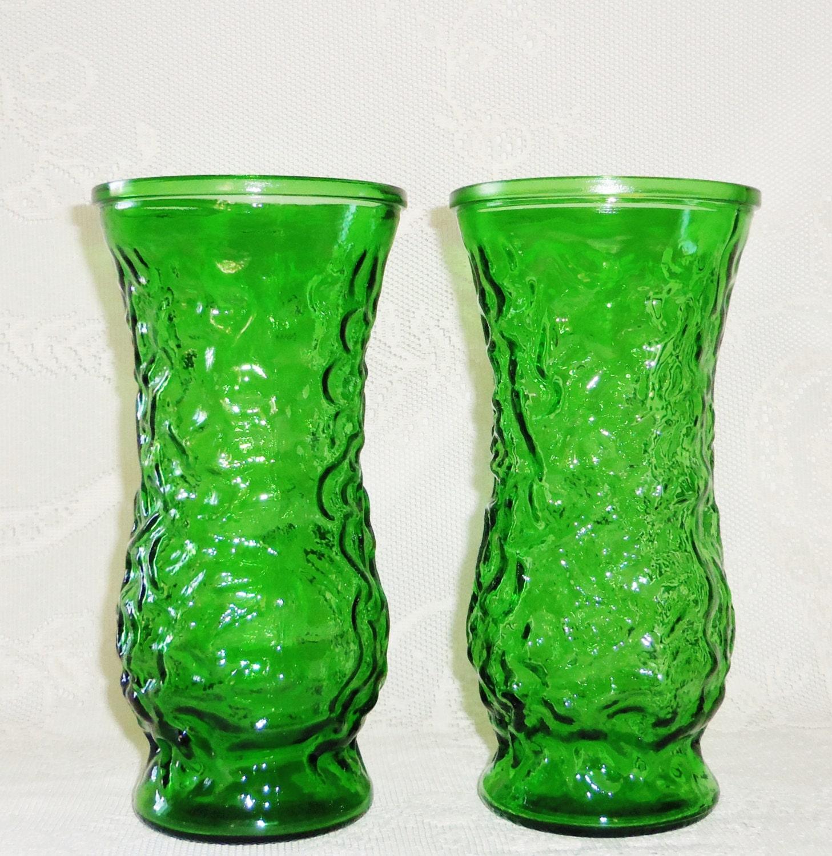 vintage emerald green hoosier glass vases 2 vintage green. Black Bedroom Furniture Sets. Home Design Ideas