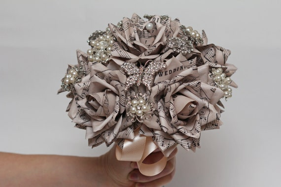 paper flowers, paper flower, brooch bouquet, wedding bouquet, paper flower bouquet, wedding flowers, note paper bouquet, vintage bouquet, brooch paper bunch, brooch boutonniere, brooch wedding