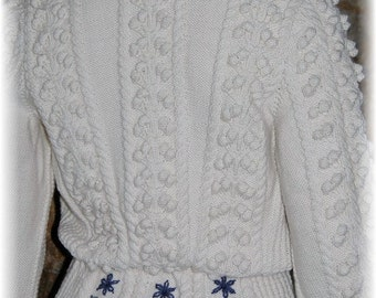 Lady Cardigan with Austrian Trachten-Inspiration, hand knit in pure undyed Merino - a great companion for denim