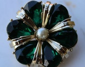 SUPER SALE Vintage Coro green rhinestone brooch with faux pearl 1960s excellent condition