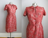 1960s Vintage Dress Red Bow Collar 60s Dress Short Sleeve / Large