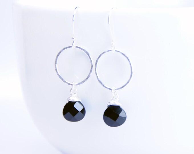 Black Onyx Earrings, Silver+Onyx Earrings, Handmade Black Earrings, Black Stone Earrings, Hammered Silver Earrings, Fiancée, Grad, Mom Gift