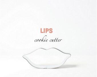 Lips/Kiss Cookie Cutter - Kiss - Valentine - Custom Cookies - Women - Makeup- Fashion - Parties