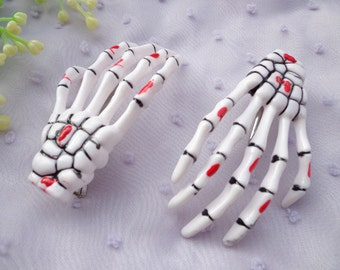 SALE--50pcs  Drop of blood skeleton hand hair clips