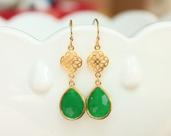 Kelly Green Dangle Earrings in Gold - Green Earrings on Gold Filled Earwire - Irish, Gifts, Bridesmaid Earrings, Bridal