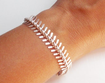 Silver Fishtail Bracelet - Silver Fish Bone Chain