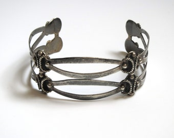 Vintage Taxco Sterling Silver Wide Cuff Bracelet - Weight 18.1 Grams - Double Cuff Design # 2270