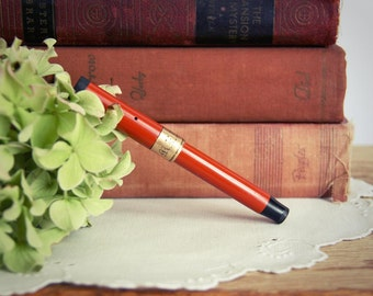 Vintage Lady Curve Duofold Fountain Pen 1923 senior broad banded red hard rubber gold band orange engraved