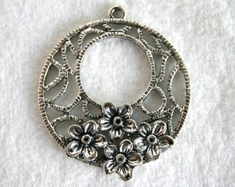 2 Silver Flower/Floral Filigree Pendant/Charm/Earring Link