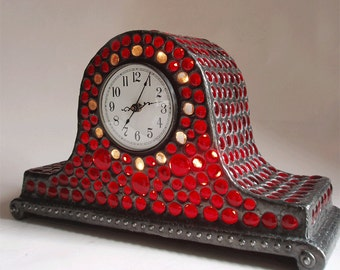 Stained glass mantel clock