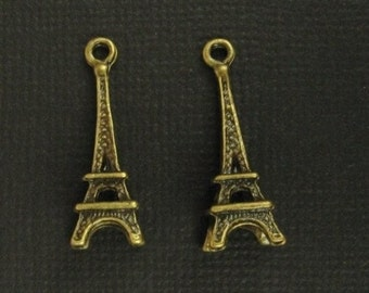 2 Little Antique Brass Eiffel Tower Charms - 24x8mm, Very Romantic