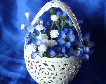 Carved Goose Egg: Easter Basket