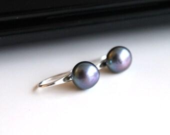 Dark grey freshwater pearl earrings, small silver earrings, bridesmaid earrings, simple everyday jewelry