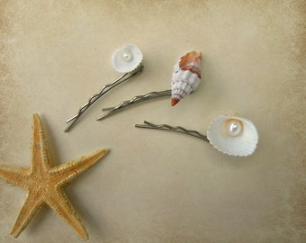 Seashell and pearl Bobby Pins, mermaid accessories, snail Bobby Pin, beach jewelry, beach party, mermaid bobby pins, holiday jewelry,