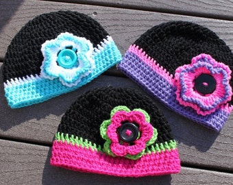 Crochet hat with flower.