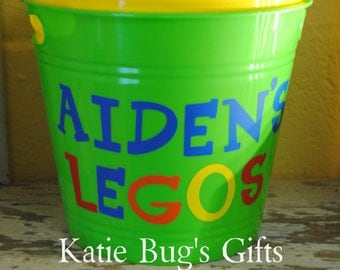 Personalized Buckets, Birthday party Favors, Organiztion, Teacher gifts, Easter,