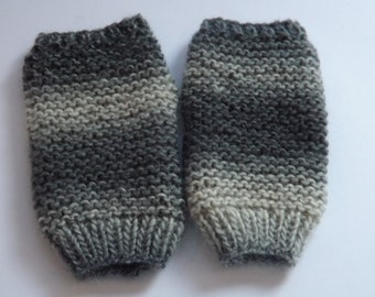 Hand Knitted Fingerless Mitts/Wrist Warmers in Mixed Grey Merino Wool