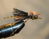 Mouche pêche - pêche à la mouche mouches - Lure - Hopper - mousse marron Grasshopper - Cricket - Beetle - daim noir cheveux aile - crochet numéro 10.