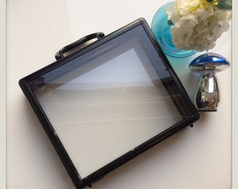 Rectangular bold Perspex purse case