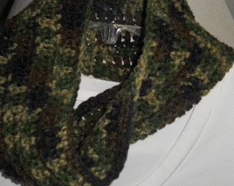 INFINITY SCARF Cowl Shallow Neck Warmer Green Camouflage
