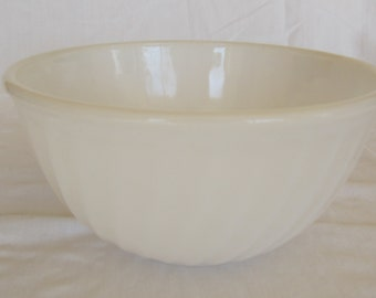 "Vintage Fire King White Swirl 9"" Bowl"