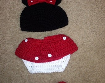 Minnie Mouse hat diaper cover and booties