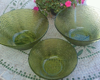 Vintage Anchor Hocking Avocado Sorento serving bowls (3)