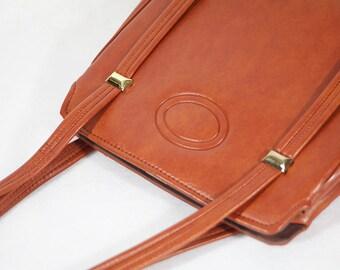 10 DOLLAR SALE---Vintage 60's Tan Brown Vinyl Handbag Purse