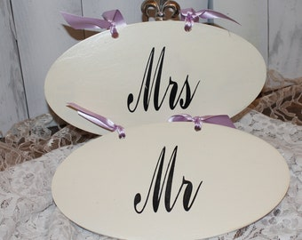 MR - MRS  Chair Signs Oval/Reversible/Thank You/Photo Prop/U Choose Colors/Great Shower Gift/Lavender/Black