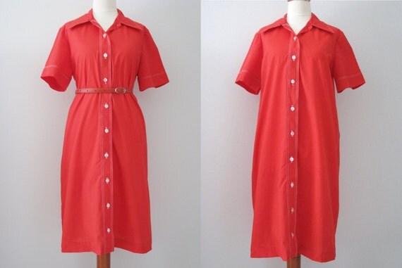 70s Bright Red Short Sleeve Shirtdress w/ Pointy Collar, M-L // Vintage Smock Dress