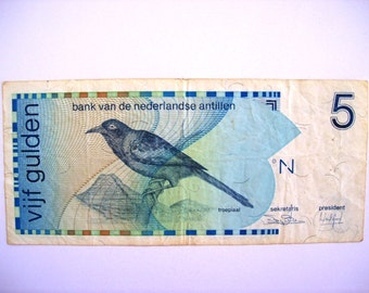 Vintage Netherlands Antilles 5 Gulden  banknote 1986.  Troepiaal bird.  circulated, art. 9321. For Very  collectors.