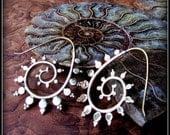 Gold Brass Tribal Spiral Earrings ~ like fake gauges ~ sacred geometry fibonacci nautilus