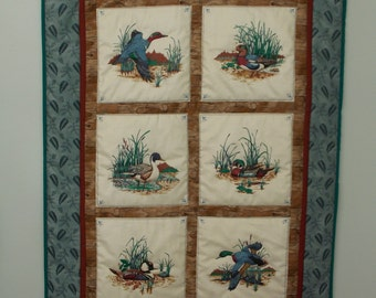 Charming Wall quilt Featuring Ducks