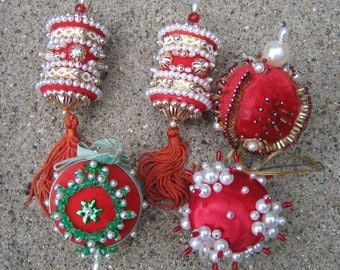 5 Vintage Christmas Ornaments Beaded Sequins 1970s FABULOUS
