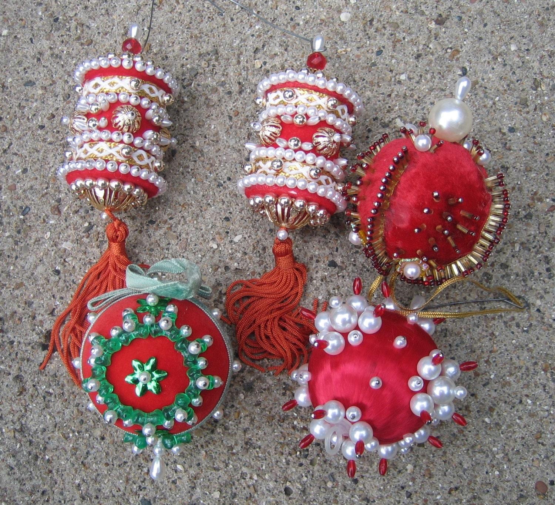 5 Vintage Christmas Ornaments Beaded Sequins 1970s FABULOUS
