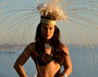 White feather matching hip belt and head piece