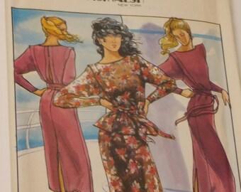 Vintage P.J.Walsh of New York Designed Butterick Pattern 6687 Size 8