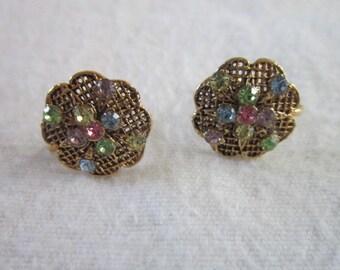 Vintage Beautiful Gold tone & Rhinestone Artsy Flower Earrings