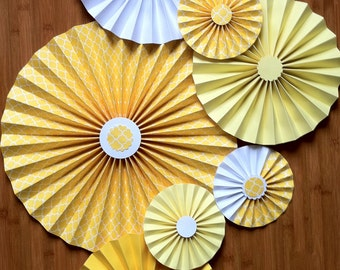 "Set of 7 Large 17""/ 11""/ 6"" DIY Paper Rosettes/Fans - Lemon Ice"