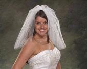 Flyaway Veil Short Bridal Veils Shoulder Length 20 Inches 2 Layer Plain Cut Veils Light Ivory Wedding Veils White Tulle Veils Blusher Veils