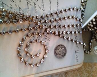 Rhinestone chain-4 mm crystal Clear,brilliant high quality Swarovski Rhinestone Chain-jewelry makers -mixed media-metal collage 4mm-KR849