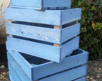 wooden nesting crates