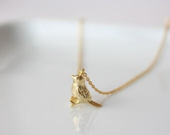 Tiny Sparrow necklace in gold,  bird // gift for her