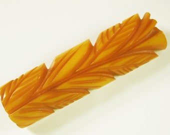 Bakelite - Richly Colored, Gloss Finish, Butterscotch Bakelite Bar Pin in a Totem of Carved Leaves - From the 1930s
