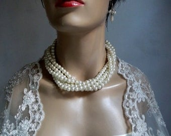 Chunky Pearl Necklace, Ivory Glass Pearls,  Handmade, Wedding Jewelry, Bridal Jewelry, Bridal Pearl Necklace